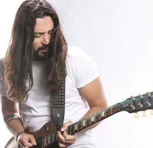 دانلود آهنگ بارون من و خیابون - امیر عباس گلاب